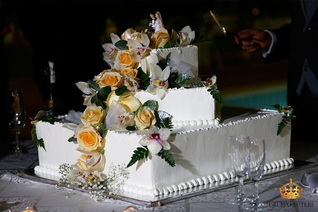 auteri torte rose gialle