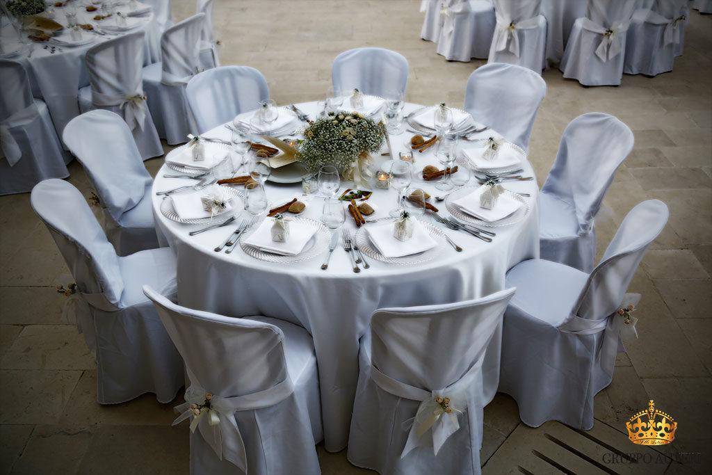 catering allestimenti tavolo bianco