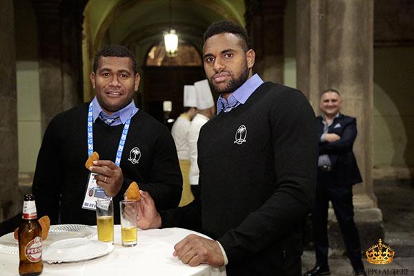 rugby giocatori cibo