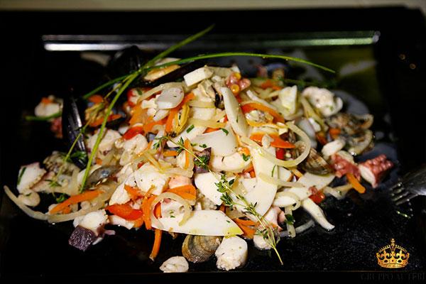 pupillo insalata pesce
